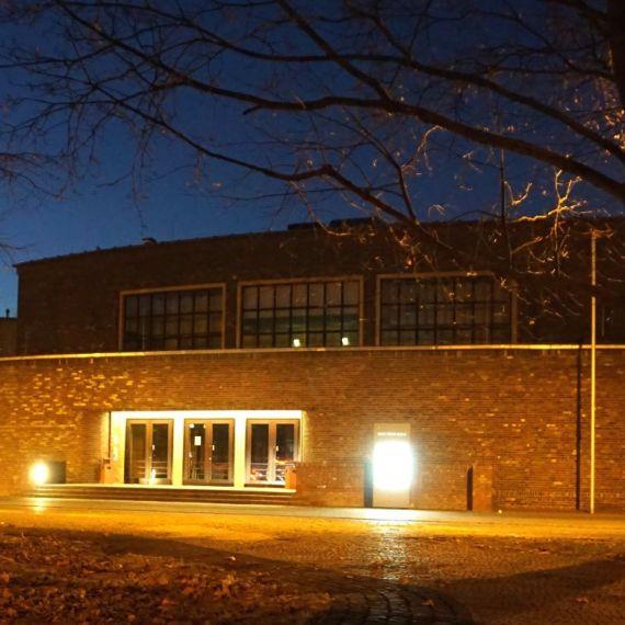 Außenansicht der Max-Taut-Schule